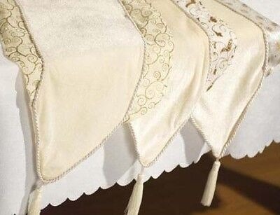 Ivory & Gold Table Runner Christmas Decoration 6373