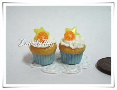 2 Miniature Cupcakes Orange & Star for Blythe Barbies