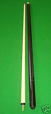 "2 PIECE CENTRE SPLIT 57"" POOL CUE WITH 11mm SCREW IN TIP"