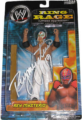 Wwe Ring Rage 17.5 Rey Mysterio Signed Figure W/proof