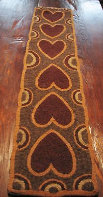 "Primitive Hooked Rug Pattern On Monks ""hearts Abound"""