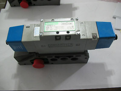 New No Box Numatics 13BB6Z2MP00061 Solenoid Valve With Base 24 VDC