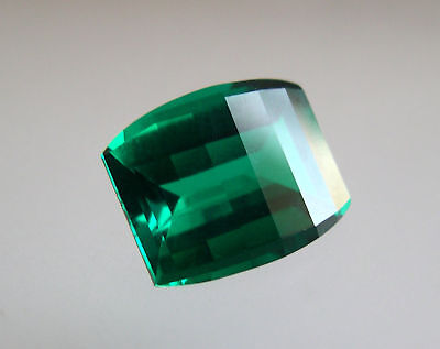EMERAUDE  HYDROTHERMALE 12x10mm 4,60cts  A