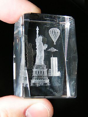 STATUE OF LIBERTY WORLD TRADE Center 911 New York City 3D Laser Crystal Weight