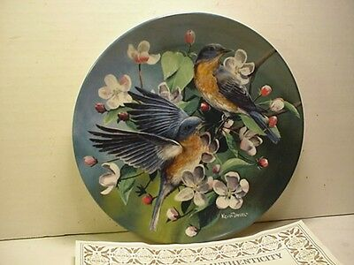 Knowles Birds of Your Garden Collection - The Bluebird