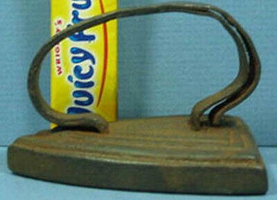 """Old Cast Iron Toy Iron Double Handle Base Is 2 7/8"""" Long T70"""