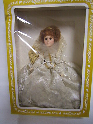 Effanbee Queen Elizabeth Doll Women of the Ages In Box