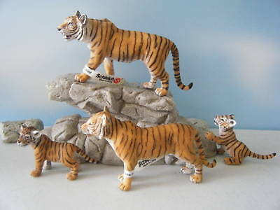 Schleich Tiger #14369 Tigress #14370 Two Cubs #14371 & #14372 Family Lot *New*