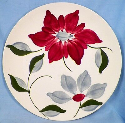 Pretty Vintage PETAL POINT LUNCHEON PLATE Red Blue Flowers BLUE RIDGE POTTERY Ex