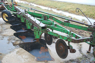"JOHN DEERE 5 BOTTOM 14"" MOLBOARD  PLOW"