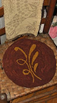 "Primitive Hooked Rug Pattern On Monks ""Redware Chair Pads: Pad #1"""