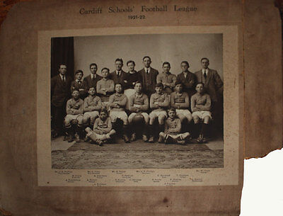 CARDIFF SCHOOLS FOOTBALL LEAGUE 1921-22 PLAYERS PHOTOGRAPH ON MOUNT 50cm x 39cm