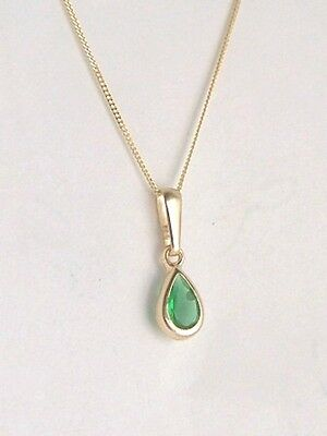 CLASSIC 9ct GOLD SMALL TEARDROP EMERALD PENDANT CHARM X'MAS MUMS B'Day GIFT BOX