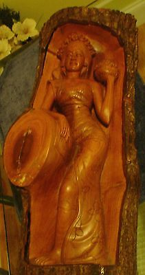 "Vintage Polynesian Princess Carving Nice Detailed Art In Bark  21"" tall VG !"