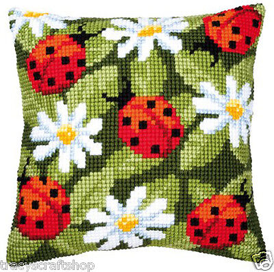 Chunky Cross Stitch Cushion Front kit 40x40cm By Vervaco 4.5 hpi canvas