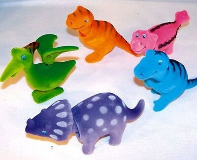 12 MOVING BOBBLE HEAD DINOSAURS party gift collector