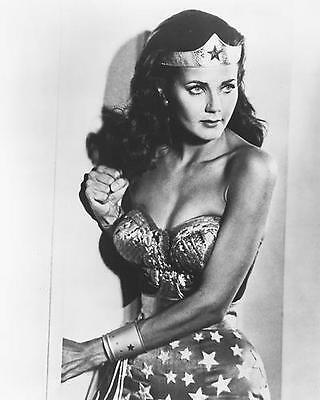 Lynda Carter As Wonder Woman In Wonder Woman 11x14 Photo Sexy Busty Pose