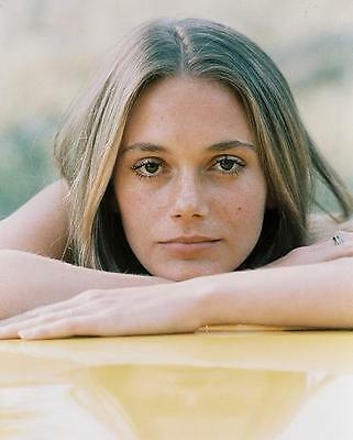 Peggy Lipton as Julie Barnes in The Mod Squad 24X30 Poster beautiful pose