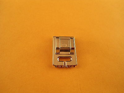 Snap on 5 Groove Pintuck Foot Singer,Janome,Babylock, Brother # 5011-15