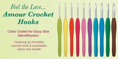 Clover Amour Soft Touch Coloured Crochet Hook - 2mm to 15mm