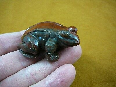 (Y-FRO-715) Red brown FROG gemstone CARVING gem figurine I love frogs Reptiles