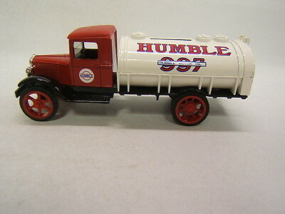 Ertl 1931 Hawkeye Tanker Humble First of Series Bank with Key