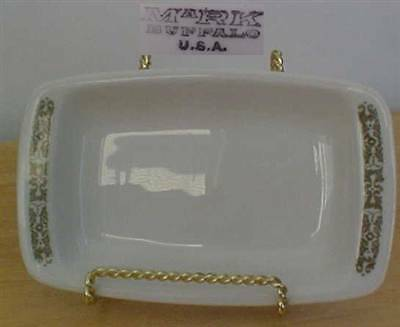 Buffalo Pottery Green & White Rectangular Serving Dish