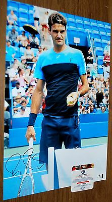 "ROGER FEDERER Signed 12x18"" Photo #3 - Blue *Global COA"