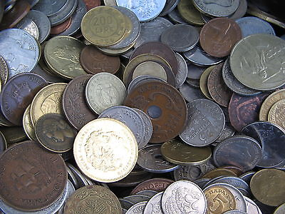 50 Very Good Clean World Coins Some Very Old Not Full Of Us Cents Free Uk Post