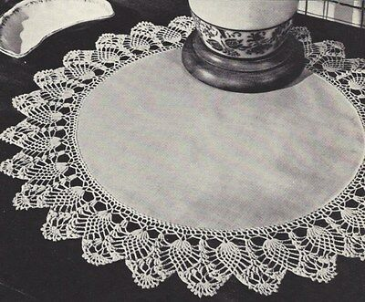 Vintage Crochet PATTERN to make Pineapple Edging Doily Mat Centerpiece Set