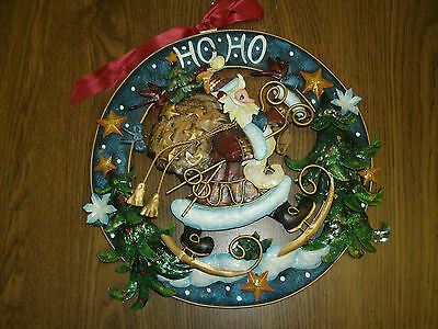 "11"" Santa Metal Christmas Wreath"
