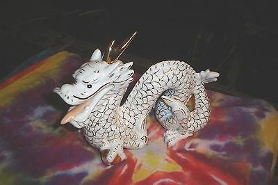 Vintage WHITE GOLD PORCELAIN CHINESE DRAGON STATUE Made In China