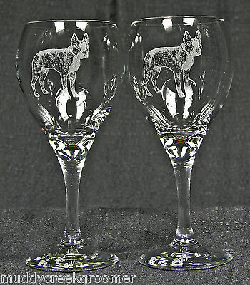 New Unique & Beautiful Boston Terrier Dog Etched on Wine Glasses Glassware