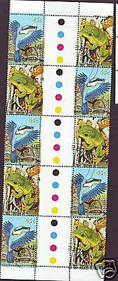 Australia Sacred Kingfisher & Magnificent Tree Frog Gutter Strip of 10 CTO