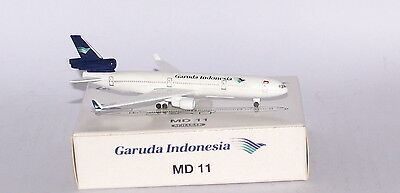 Schabak McDonnell Douglas MD-11 Garuda Indonesia in 1:600 scale