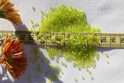 Trans-Lustered Lime Green 10 grams 8//0 Triangle Toho Seed Beads #105