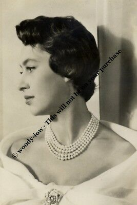 mm723 - young Princess Margaret portrait - Royalty photo
