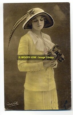 bc0044 - Film & Stage Actress - Gladys Cooper - postcard