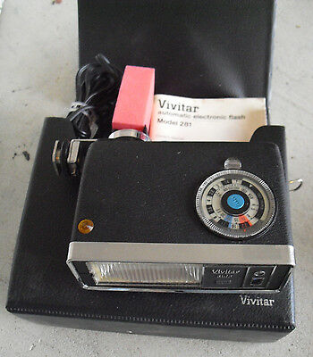 Vintage Vivitar Automatic Electronic Flash Model 281 in Case