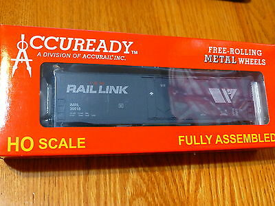 Accurail HO #95813 I&M RailLink (Welded Side Double Door 50' Box Car) Rd #30018