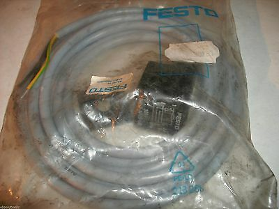 Festo Solenoid Socket Connector Cable - 2.5m 30931 KMC-1-24-2.5-LED