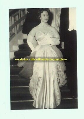 mm82 - young Princess Margaret wears gown - Royalty photo 6x4