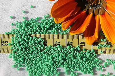 11/0 Old Time German Sioux Green Opaque Glass Seed Beads Crafts Jewelry /1oz