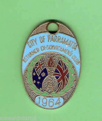 #d103. City Of Parramatta   Ex-Servicemens  Club   Member Badge 1964  #1191