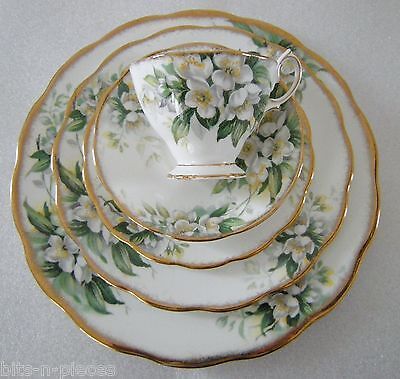 Vintage ROYAL ALBERT ORANGE BLOSSOM 5 pc Place Setting 3 plates cup saucer
