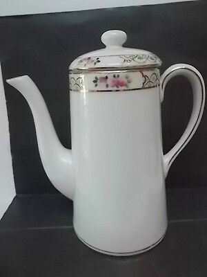 charming Nippon tea pot for one with floral band