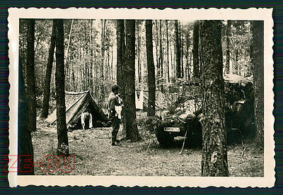 vintage photo GERMAN SOLDIERS W/ HIDDEN CAR SdKfz WH-198254 WWII 1940s