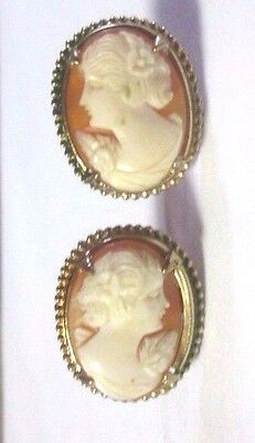 Beautiful Large Vintage Shell Cameo Screwback Earrings