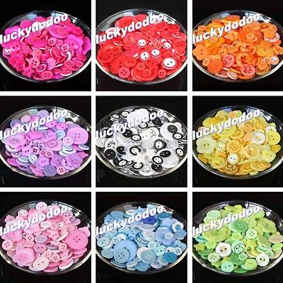 50g More Than 110pcs Mixed Buttons Many Size Many Color Clothing Sewing Craft