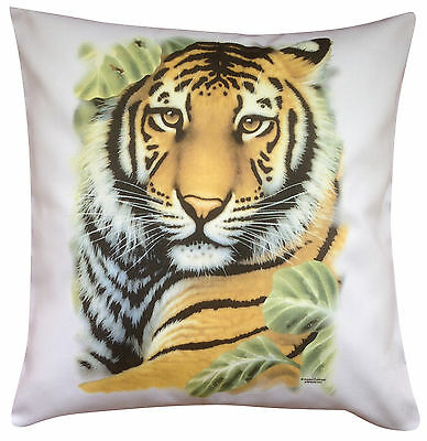 Tiger Solo Themed Cotton Cushion Cover - Perfect Gift